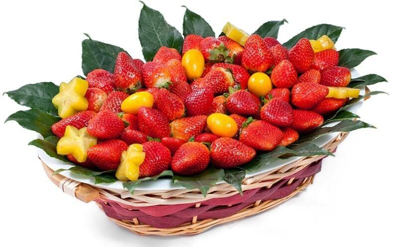 basket of strawberrys